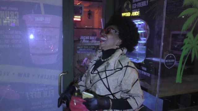 jenifer lewis calls the popeye's chicken sandwich poison outside the premiere of summer the donna summer musical at the pantages theatre in hollywood... - popeye stock videos & royalty-free footage