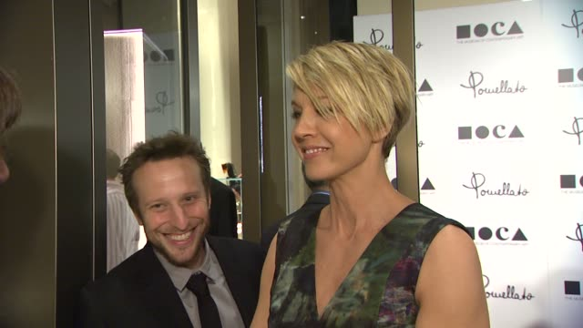 jenna elfman at pomellato celebrates the opening of its rodeo drive boutique hosted by tilda swinton and benefiting moca on 1/30/12 in los angeles ca - jenna elfman stock videos & royalty-free footage
