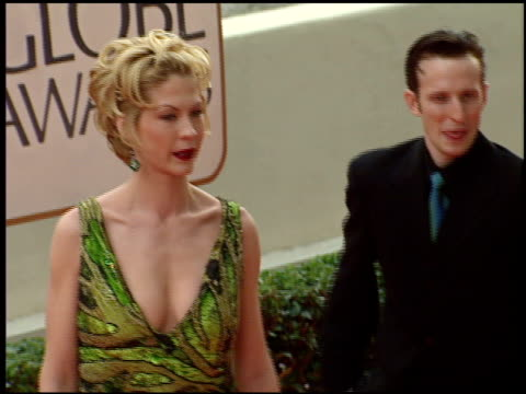jenna elfman at the 1998 golden globe awards at the beverly hilton in beverly hills, california on january 18, 1998. - jenna elfman stock videos & royalty-free footage