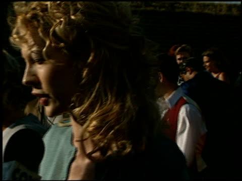 jenna elfman at the 1998 mtv movie awards entrances at barker hanger in santa monica, california on may 30, 1998. - jenna elfman stock videos & royalty-free footage