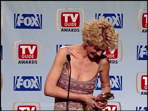 jenna elfman at the 1999 tv guide awards press room at fox studios in century city california on february 1 1999 - jenna elfman stock videos & royalty-free footage