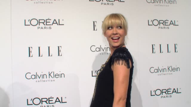 jenna elfman at the elle's 16th annual women in hollywood tribute at beverly hills ca - jenna elfman stock videos & royalty-free footage