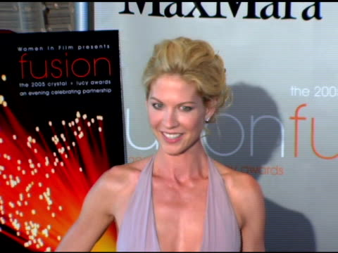 jenna elfman at the fusion the 2005 crystal and lucy awards presented by women in film at the beverly hilton in beverly hills california on june 10... - jenna elfman stock videos & royalty-free footage