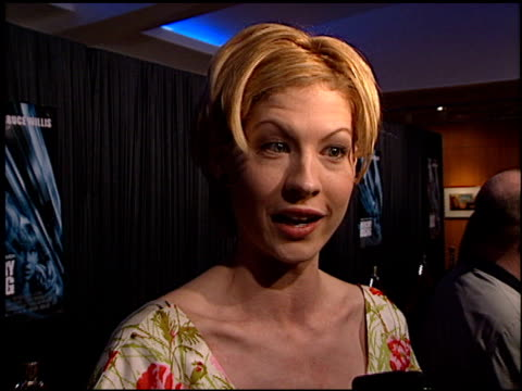 jenna elfman at the 'mercury rising' premiere at academy theater in beverly hills california on april 1 1998 - jenna elfman stock videos & royalty-free footage
