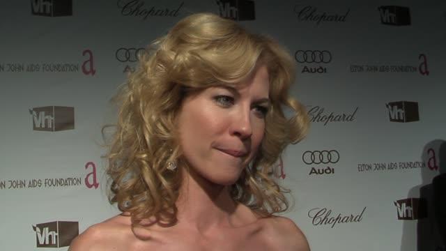 jenna elfman on her oscar picks winning, and on keeping inspired by helping others and the world at the 14th annual elton john aids foundation oscar... - jenna elfman stock videos & royalty-free footage