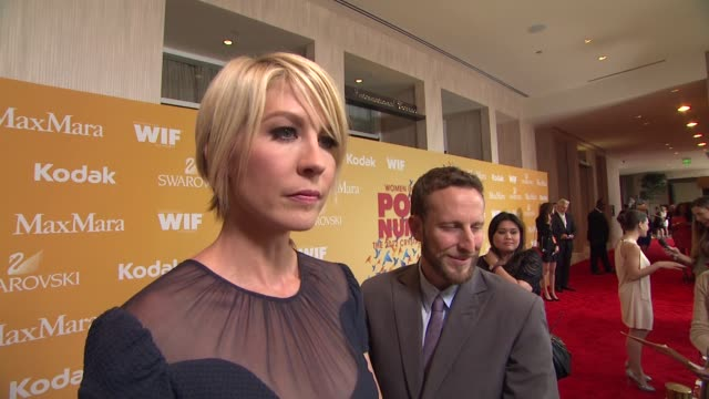 jenna elfman on how she got involved as the host why it's important for women to empower one another and what women are inspiring to her at 2012... - the beverly hilton hotel stock videos & royalty-free footage