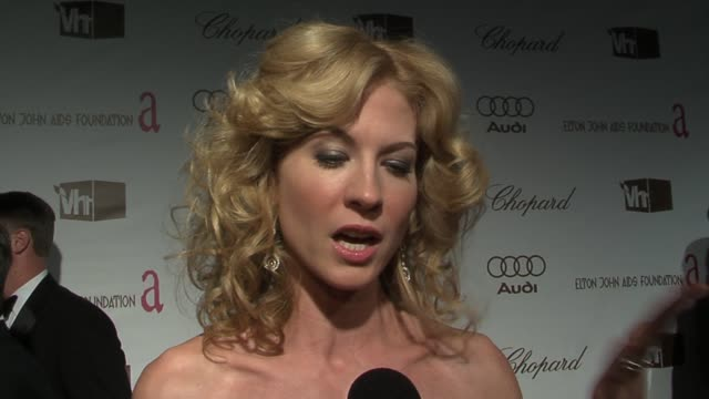 jenna elfman on philip seymour hoffman's speech moving her to tears at the 14th annual elton john aids foundation oscar party co-hosted by audi,... - jenna elfman stock videos & royalty-free footage