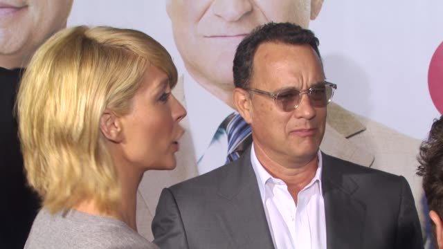 Jenna Elfman Tom Hanks Kevin Nealon at the 'Old Dogs' Premiere at Hollywood CA
