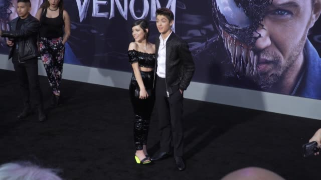 stockvideo's en b-roll-footage met jenna ortega and asher angel at the venom world premiere at regency village theatre on october 01 2018 in westwood california - première