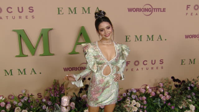 stockvideo's en b-roll-footage met jenna ortega at focus features presents emma los angeles premiere at dga theater on february 18 2020 in los angeles california - première