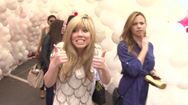 Jennette McCurdy at the Nickelodeon's 'iParty With Victorious' Premiere at West Hollywood CA