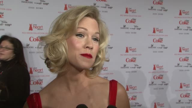 Jennie Garth talks about why she's part of the Red Dress event She says she's not so into fashion week She tells the dancing with the stars...