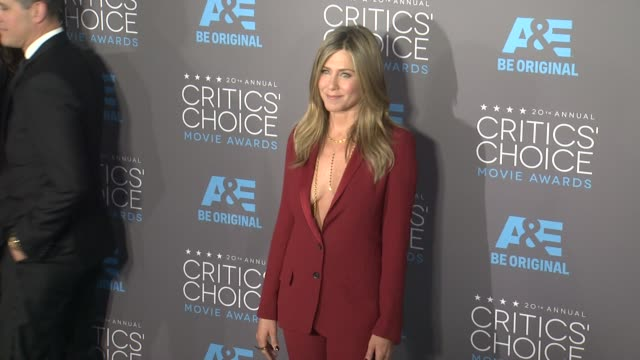 jennifer aniston and justin theroux at the 20th annual critics' choice awards at hollywood palladium on january 15 2015 in los angeles california - 2015 stock videos & royalty-free footage