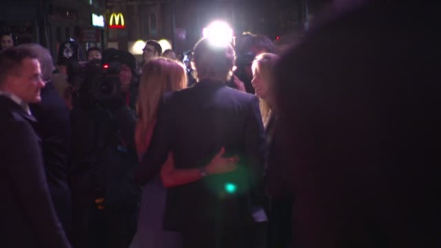 Jennifer Aniston and Owen Wilson at the Marley And Me UK Premiere at London