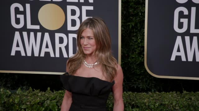 vidéos et rushes de jennifer aniston at 77th annual golden globe awards at the beverly hilton hotel on january 05, 2020 in beverly hills, california. - golden globe awards