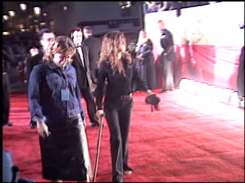 jennifer aniston at the 2003 people's choice awards at the pasadena civic auditorium in pasadena, california on january 12, 2003. - people's choice awards stock-videos und b-roll-filmmaterial