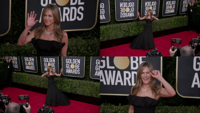 jennifer aniston at the 77th annual golden globe awards at the beverly hilton hotel on january 05 2020 in beverly hills california - the beverly hilton hotel stock-videos und b-roll-filmmaterial