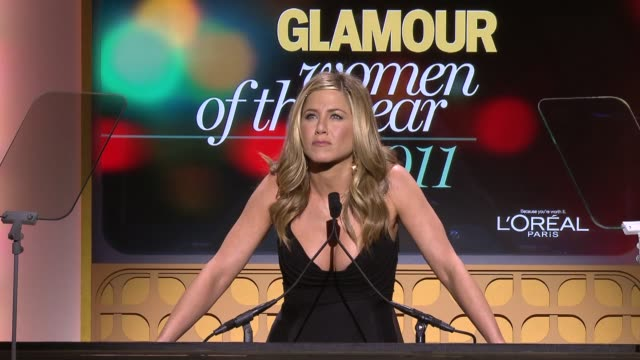 jennifer aniston on being in love with chelsea handler at the glamour magazine's 21st annual women of the year awards at new york ny - jennifer aniston stock videos & royalty-free footage