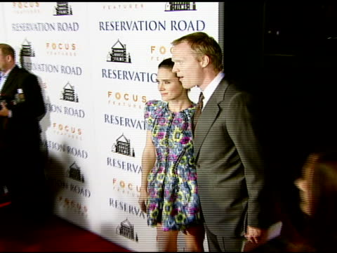 vídeos y material grabado en eventos de stock de jennifer connelly and paul bettany at the 'reservation road' los angeles premiere at academy of motion picture arts and sciences in beverly hills,... - academy of motion picture arts and sciences
