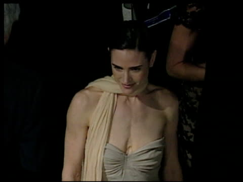 jennifer connelly at the 2002 academy awards vanity fair party at morton's in west hollywood california on march 24 2002 - オスカーパーティー点の映像素材/bロール