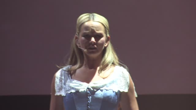 jennifer ellison performing as beth the parsons wife at the jeff wayne's war of the worlds interviews and dress rehearsal at borehamwood england. - ボーハムウッド点の映像素材/bロール