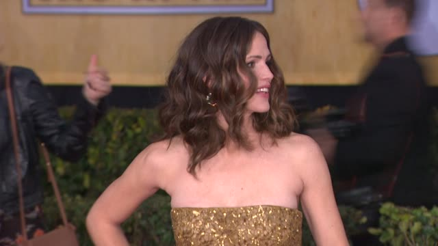 Jennifer Garner at 19th Annual Screen Actors Guild Awards Arrivals on 1/27/13 in Los Angeles CA