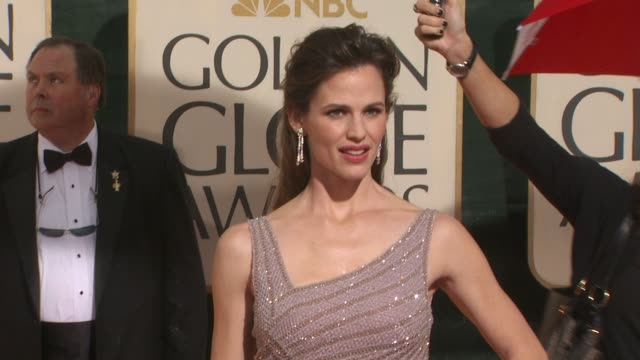jennifer garner at the 67th annual golden globe awards - arrivals part 5 at beverly hills ca. - straight hair stock videos & royalty-free footage