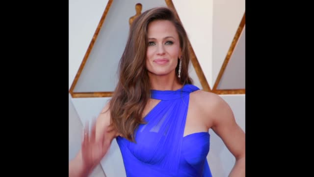gif jennifer garner at the 90th academy awards - academy awards stock videos & royalty-free footage