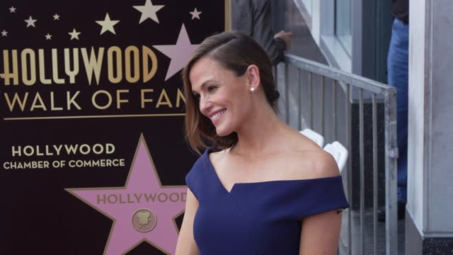 jennifer garner at the jennifer garner honored with a star on the hollywood walk of fame on august 20 2018 in hollywood california - walk of fame stock videos & royalty-free footage