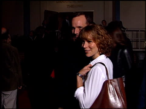 jennifer grey at the 'tigerland' premiere at 20th century fox lot in century city, california on october 3, 2000. - tigerland点の映像素材/bロール