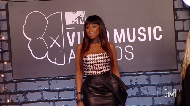 jennifer hudson at 2013 mtv video music awards red carpet on august 25 2013 in barclays center in brooklyn new york new york - jennifer hudson stock videos & royalty-free footage