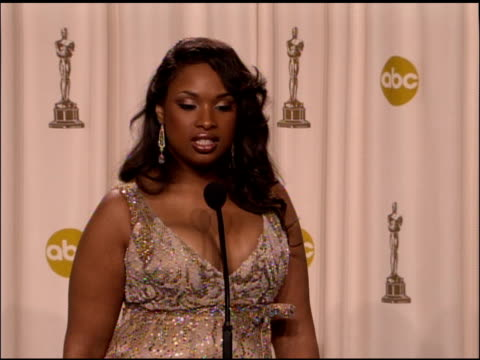 jennifer hudson winner best actress in a supporting role for �dreamgirls� at the 2007 academy awards at the kodak theatre in hollywood california on... - jennifer hudson stock videos & royalty-free footage
