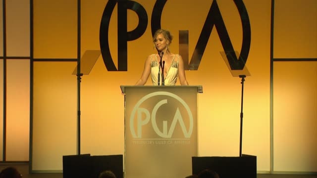 vidéos et rushes de jennifer lawrence at 26th annual producers guild awards in los angeles, ca 1/24/15 - producer's guild of america awards