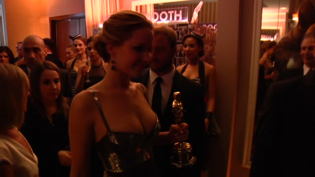 jennifer lawrence at the 2013 vanity fair oscar party hosted by graydon carter - inside party footage jennifer lawrence at the 2013 vanity fair oscar... - oscar party stock videos & royalty-free footage