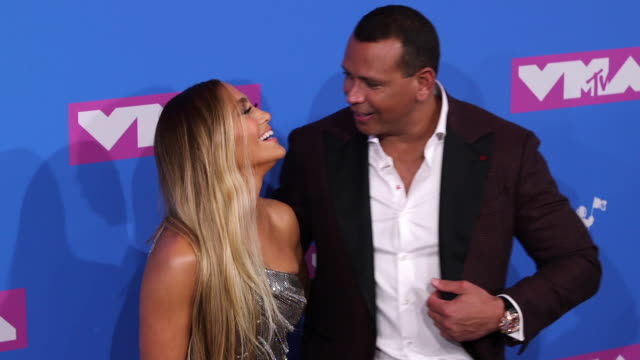jennifer lopez and alex rodriguez at 2018 mtv video music awards at radio city music hall on august 20, 2018 in new york city. - mtv video music awards stock-videos und b-roll-filmmaterial