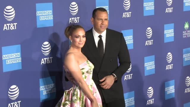 jennifer lopez and alex rodriguez at 31st annual palm springs international film festival film awards gala at palm springs convention center on... - ジェニファー・ロペス点の映像素材/bロール