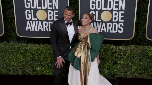 jennifer lopez and alex rodriguez at the 77th annual golden globe awards at the beverly hilton hotel on january 05 2020 in beverly hills california - golden globe awards stock-videos und b-roll-filmmaterial