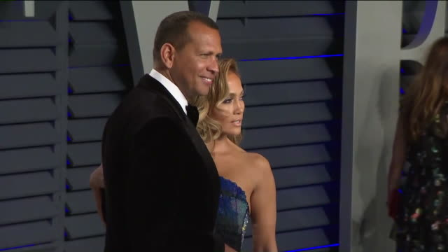 stockvideo's en b-roll-footage met ktla jennifer lopez and alex rodriguez at vanity fair oscar party - vanity fair