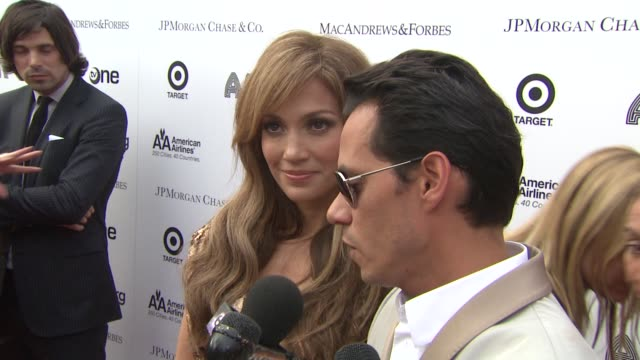 vídeos de stock e filmes b-roll de jennifer lopez and marc anthony are happy to be honored with arts humaniarian award they have so much more to give and are elated to be honored on... - benefit concert