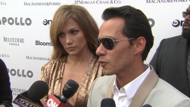 vídeos de stock e filmes b-roll de jennifer lopez and marc anthony are happy to be honored with arts humaniarian award on having so much more to give and are elated to be honored on... - benefit concert