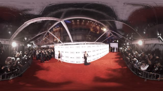 Jennifer Lopez at 2016 People's Choice Awards 360