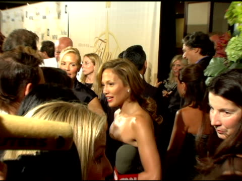 vídeos de stock, filmes e b-roll de jennifer lopez at the 2006 crystal and lucy awards at the century plaza in century city california on june 7 2006 - century plaza
