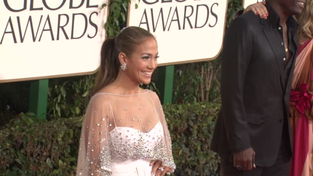 stockvideo's en b-roll-footage met jennifer lopez at the 68th annual golden globe awards arrivals part 2 at beverly hills ca - golden globe awards