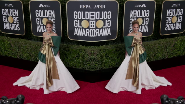 vídeos y material grabado en eventos de stock de jennifer lopez at the 77th annual golden globe awards at the beverly hilton hotel on january 05 2020 in beverly hills california - the beverly hilton hotel