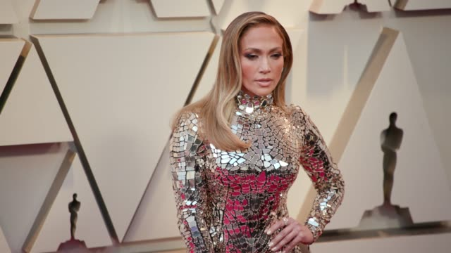 jennifer lopez at the 91st academy awards - arrivals at dolby theatre on february 24, 2019 in hollywood, california. - academy awards stock-videos und b-roll-filmmaterial