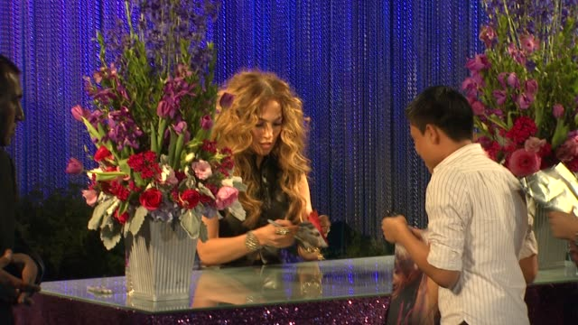 jennifer lopez at the jennifer lopez cd signing and album release party for 'love' at hollywood ca - cd発売点の映像素材/bロール