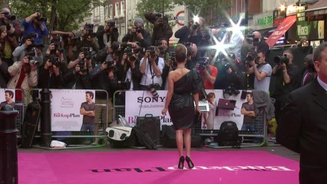 stockvideo's en b-roll-footage met jennifer lopez at the the back up plan premiere uk at london england - jennifer lopez