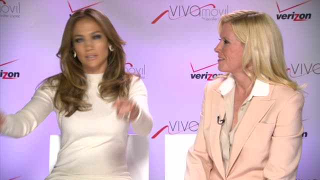 interview jennifer lopez marni walden on her projects at verizon wireless press conference announcing viva movil by jennifer lopez on 5/22/13 in las... - 輪っかのイヤリング点の映像素材/bロール