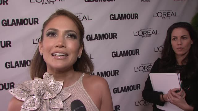 jennifer lopez on what she would tell her 21 yr old self at the glamour magazine's 21st annual women of the year awards at new york ny - interview stock videos & royalty-free footage
