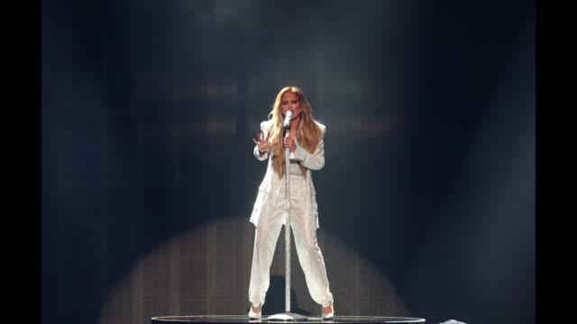 stockvideo's en b-roll-footage met jennifer lopez performs onstage during the 2018 american music awards at microsoft theater on october 09 2018 in los angeles california - jennifer lopez